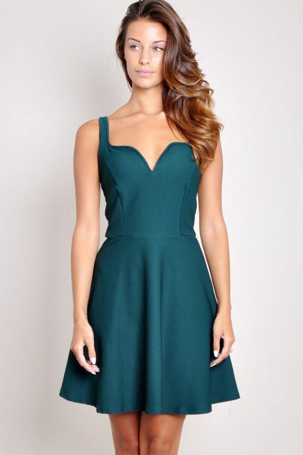 TFNC Mona Sweetheart Dress
